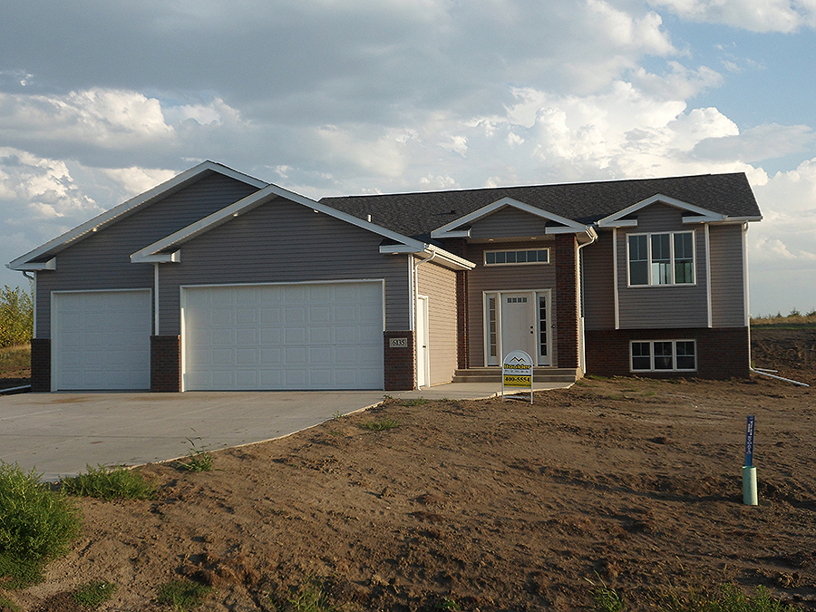 Prairiewood estates bismarck nd bismarck nd home builder for Nd home builders