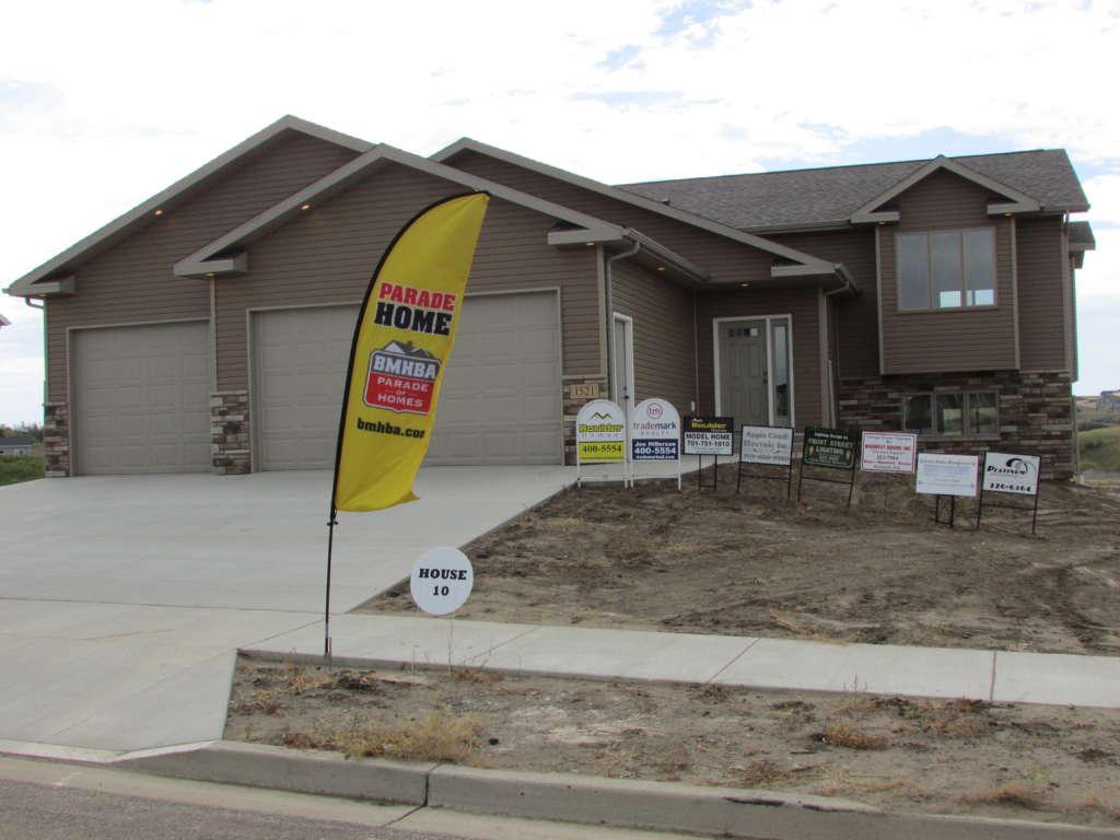 1521 Ridge Drive Mandan Nd Bismarck Nd Home Builder